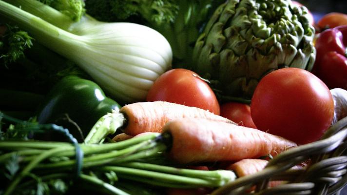 panier de fruits et légumes de saison